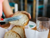 foodiesfeed-com_bread-with-butter
